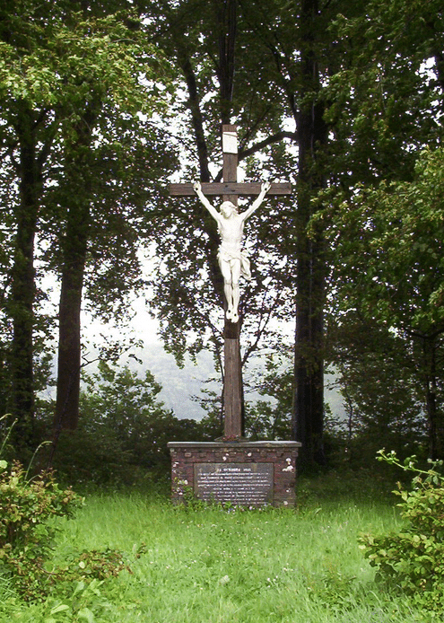 The Wayside Cross at Agincourt where 5,300 french troops lie buried