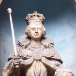 Queen Elizabeth I Statue London